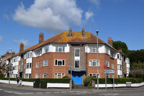 2 bedroom apartment for sale - West Court, Bridport