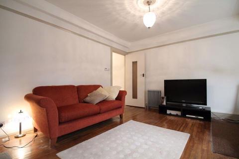 Studio to rent - Neville Court, NW8