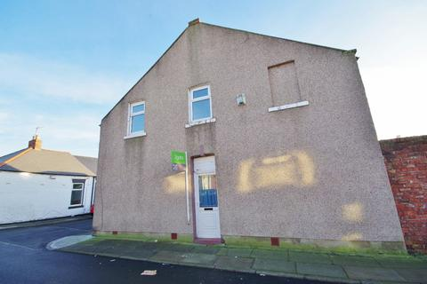 4 bedroom end of terrace house for sale - Raby Street, Sunderland, Tyne and Wear, SR4