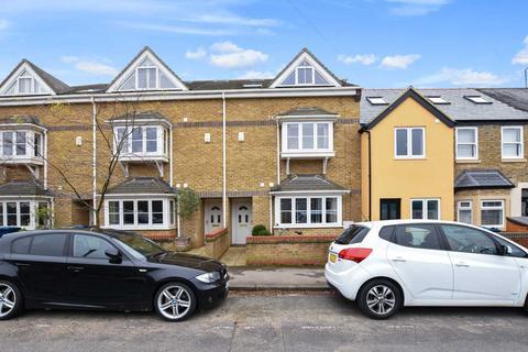4 bedroom semi-detached house for sale - Edgeway Road, Marston