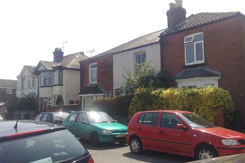 4 bedroom house share to rent - SPEAR ROAD