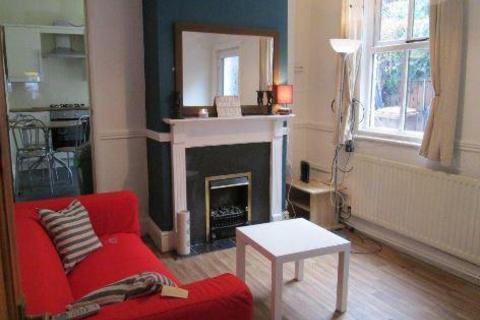 6 bedroom house share to rent - Crompton Street