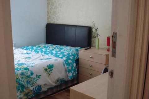 4 bedroom house share to rent - Sherlock Street