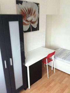 4 bedroom house share to rent - Gerard Avenue