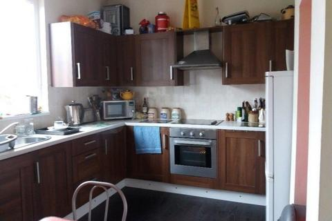 3 bedroom house share to rent - Albany Road