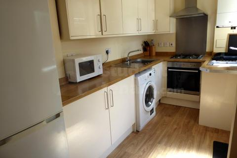 6 bedroom house share to rent - Great Clowes Street