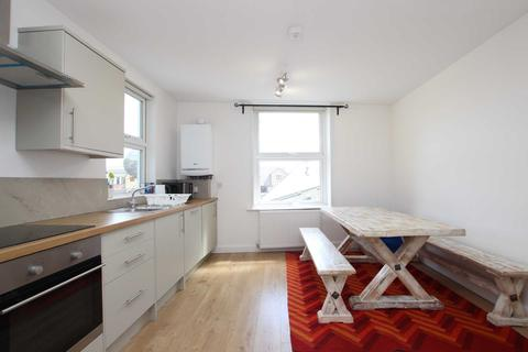 2 bedroom flat to rent - Castle Street, Reading