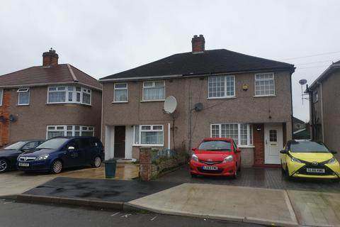 3 bedroom semi-detached house to rent - Hayes, UB4