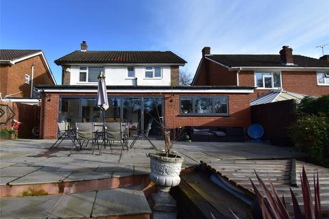 3 bedroom detached house for sale - Loxfield Gardens, Crowborough Hill, Crowborough, East Sussex, TN6
