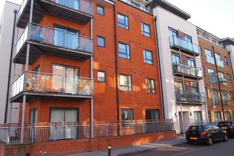 1 bedroom flat to rent - Cherrywood Lodge, Birdwood Avenue, Hither Green, London, SE13