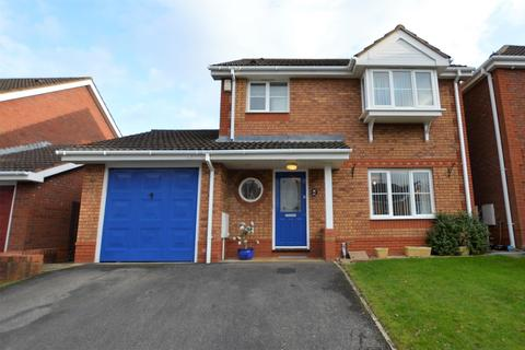 3 bedroom detached house for sale - St. Saviours Rise, Frampton Cotterell, BRISTOL, BS36 2TR