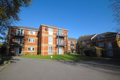 2 bedroom apartment for sale - St. Osmunds Road, Lower Parkstone, Poole, Dorset, BH14