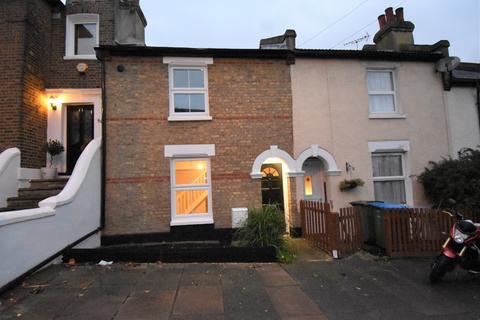3 bedroom cottage to rent - Red Lion Lane London SE18