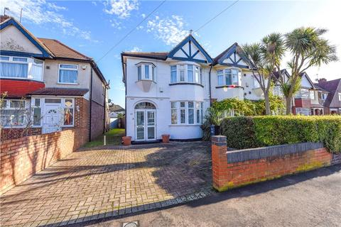 3 bedroom semi-detached house for sale - Ellerdine Road, Hounslow, TW3
