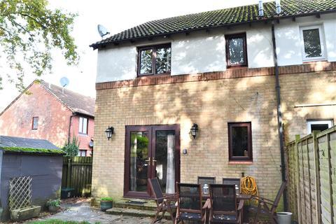 1 bedroom terraced house for sale - Crookham Close, Tadley, Hampshire, RG26