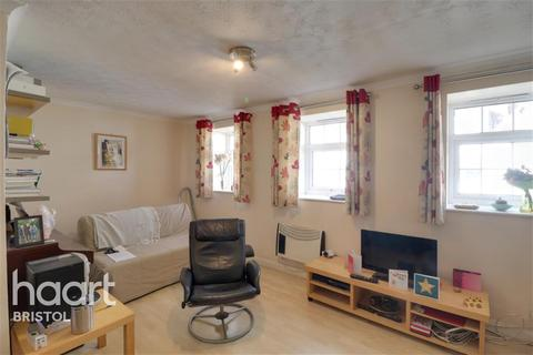 2 bedroom flat - Richmond Court, Clifton