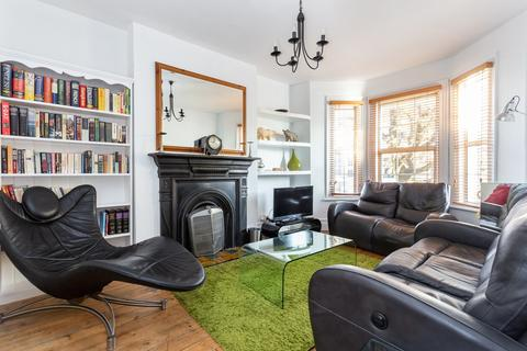 2 bedroom flat for sale - Aristotle Road, Clapham North, SW4