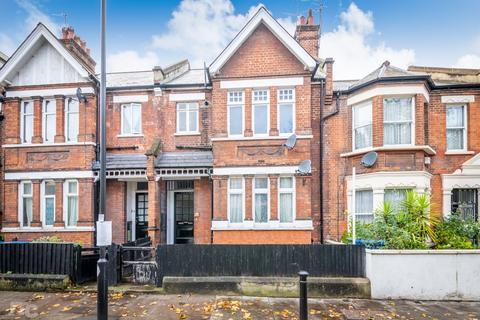 2 bedroom apartment to rent - Lyndhurst Way, Peckham, London, SE15