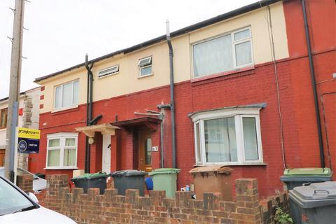 3 bedroom terraced house to rent - lu1 1uh