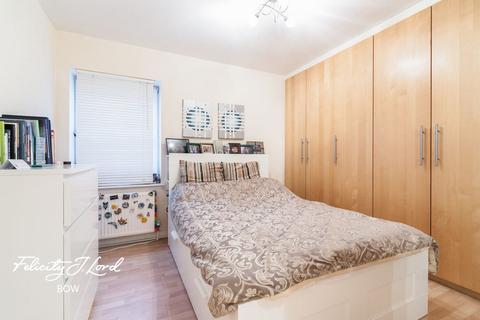 1 bedroom flat for sale - Canton Street, London
