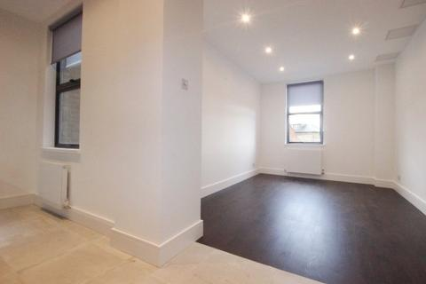 2 bedroom flat to rent - Campsbourne Parade, High Street