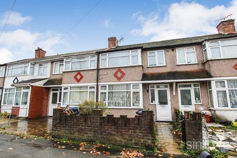 4 bedroom terraced house for sale - Scotts Road, Southall, UB2