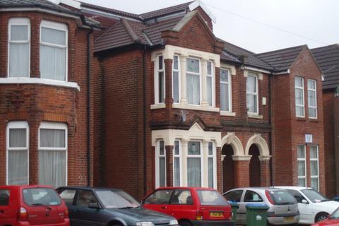 8 bedroom house to rent - Alma Road, Portswood, Southampton, SO14