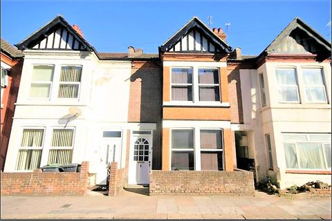 5 bedroom end of terrace house to rent - Ashburnham Road, Luton LU1