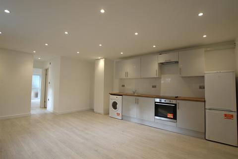 2 bedroom ground floor flat to rent - The Ridgeway, Enfield, Middlesex, EN2