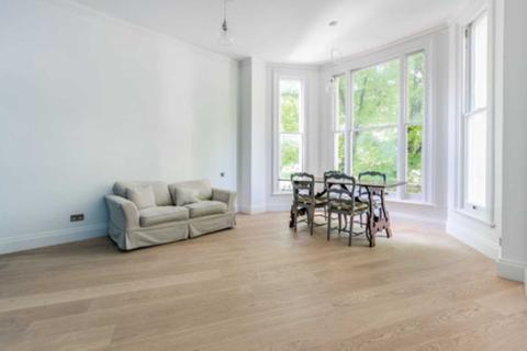 Studio to rent - Pembridge Square, Notting Hill, W2 4EW