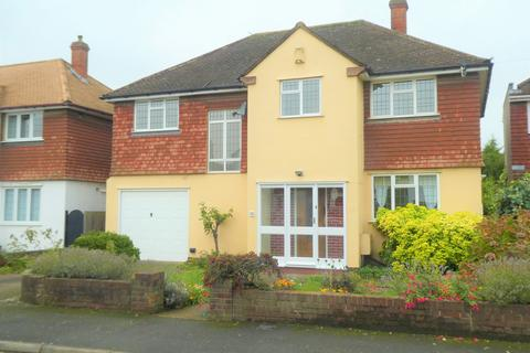 4 bedroom detached house to rent - Wyvern Close , DA1