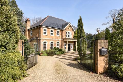 5 bedroom detached house to rent - Stonehill Gate, Hancocks Mount, Ascot, Berkshire, SL5