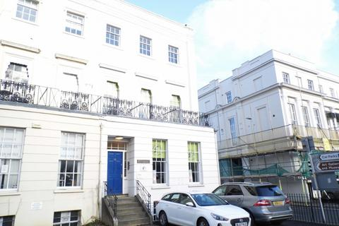 Office to rent - St Georges Road