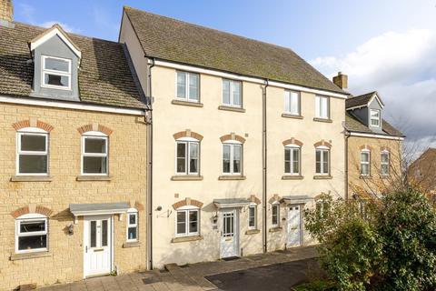 3 bedroom terraced house for sale - Avenue de Gien, Malmesbury