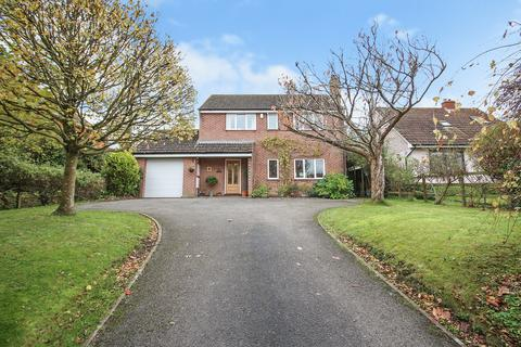 4 bedroom detached house for sale - Bratton Road, Westbury