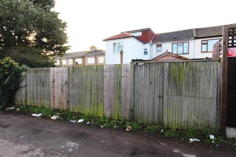Plot for sale - Clydesdale, Enfield, EN3