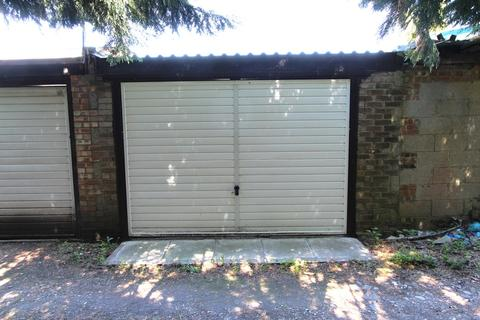 Garage for sale - Fernside Avenue, Feltham, TW13