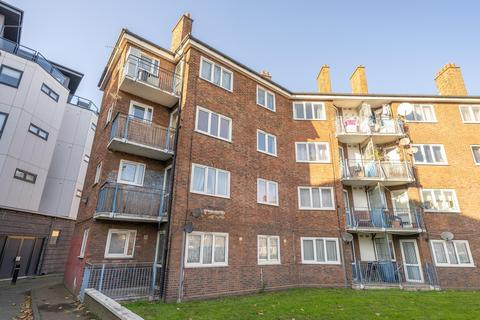3 bedroom flat for sale - Dyson House, Blackwall Lane, Greenwich, SE10