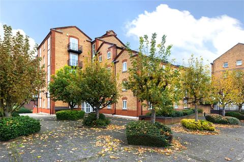 2 bedroom flat for sale - Codrington Court, 243 Rotherhithe Street, London, SE16