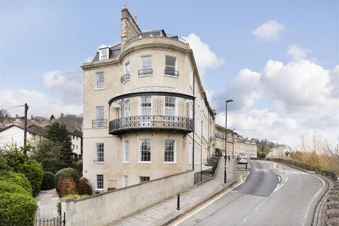 3 bedroom apartment to rent - Camden Crescent, Bath