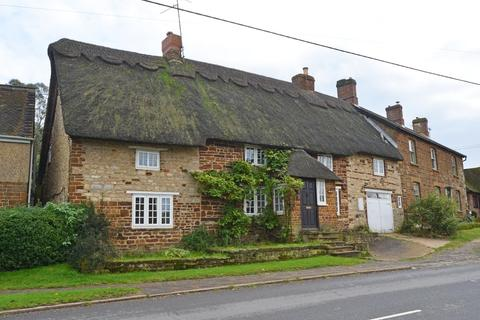 3 bedroom semi-detached house to rent - Stonecot, Upper Green