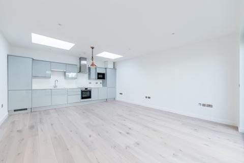 2 bedroom end of terrace house for sale - Willow Mews, Shepherds Bush, London, W12