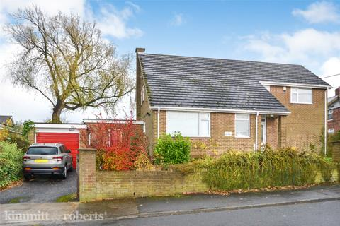 4 bedroom detached bungalow for sale - High Street, Easington Lane, Houghton Le Spring, Tyne and Wear, DH5