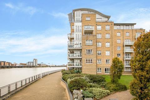 2 bedroom flat for sale - St. Davids Square, London E14