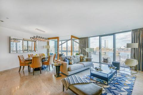 3 bedroom apartment to rent - The Tower, One St George Wharf, London