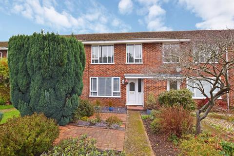 3 bedroom terraced house for sale - Harcourt Close, Uckfield