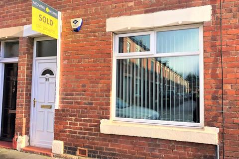 2 bedroom apartment to rent - Norham Road, North Shields