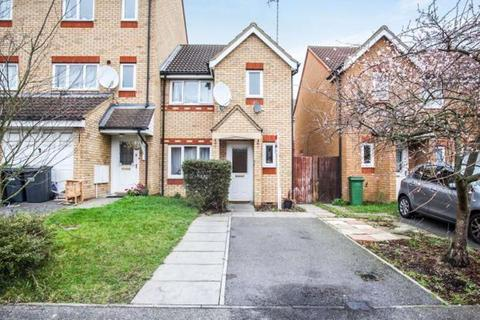 3 bedroom terraced house for sale - Dunraven Avenue, Luton