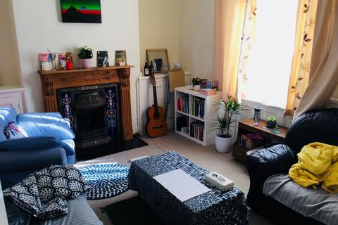 3 bedroom house to rent - Augusta Street, Adamsdown, Cardiff
