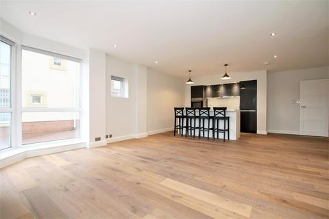 2 bedroom flat to rent - Chatfield Road, London